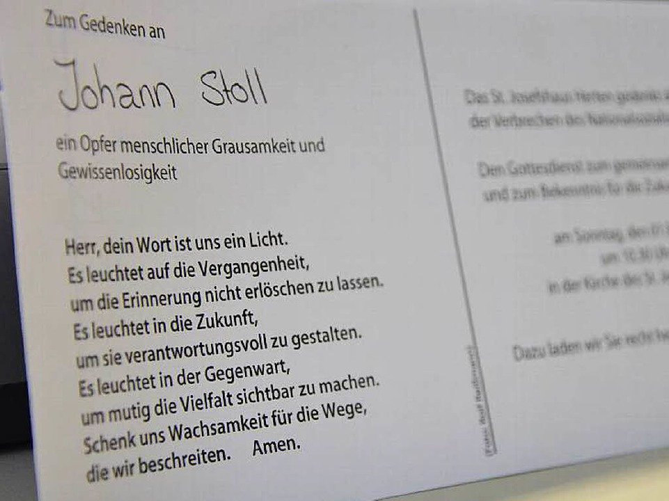 Jede der 345 verschickten Einladungska...ialismus, die 1940 deportiert wurden.   | Foto: Martina Proprenter