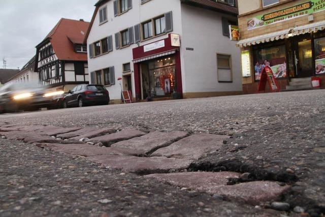 Stadtsanierung: Geld fließt in Straßen und Kanäle