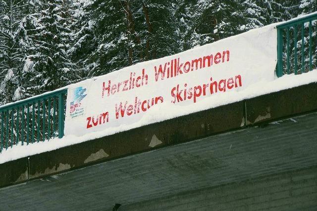 Skisprung-Weltcup voll in der Spur
