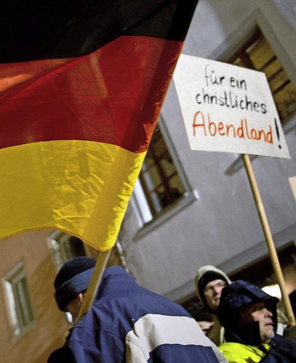 "Demonstranten der ""SBH-Gida"" in Villingen-Schwenningen   | Foto: dpa"