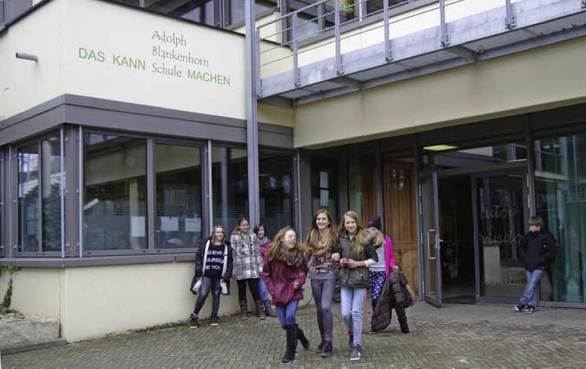 Schulschluss  ist für die künftigen Fünftklässler erst am Nachmittag.   | Foto: martin pfefferle