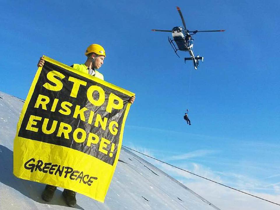 Der Protest gegen das Akw Fessenheim &...14 – dürfte vorerst weitergehen.    Foto: dpa