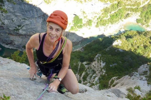Irmgard Braun liest beim DAV im Kletterzentrum Offenburg