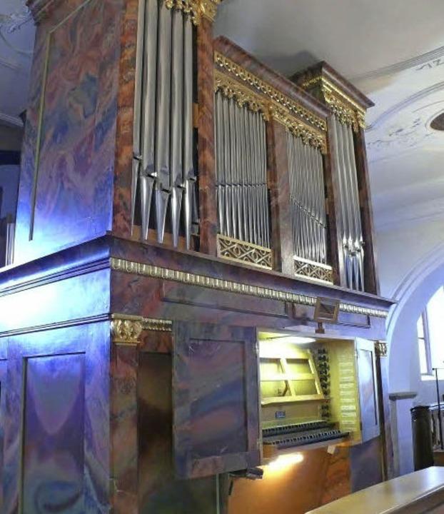 Immer wieder umgebaut wurde die Orgel ...arrkirche, deren Akustik gelobt wird.   | Foto: Frowalt Janzer
