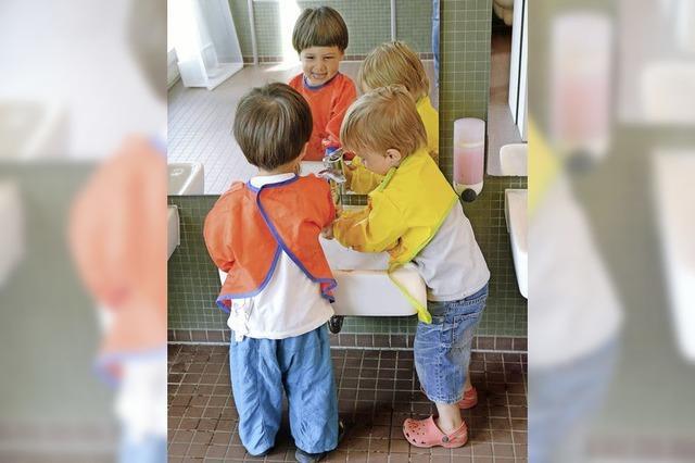 Krippenkinder werden länger betreut