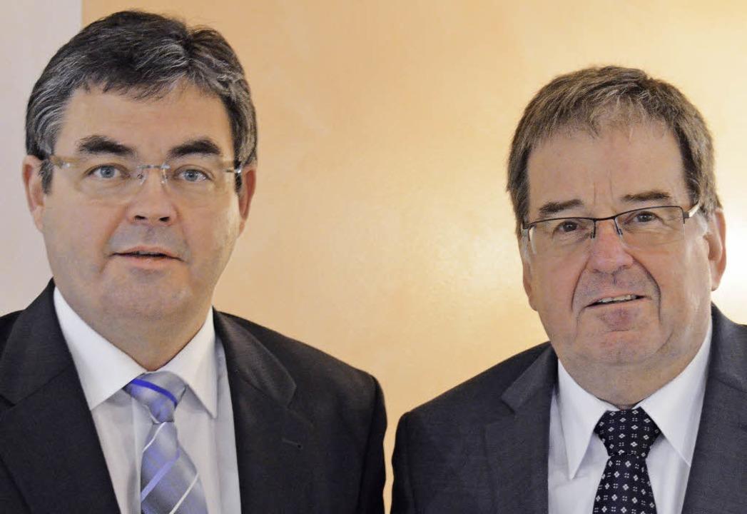 Das Vorstands-Duo der Volksbank Müllhe...olf Köpfer (rechts) und Norbert Lange.    Foto: A. Huber