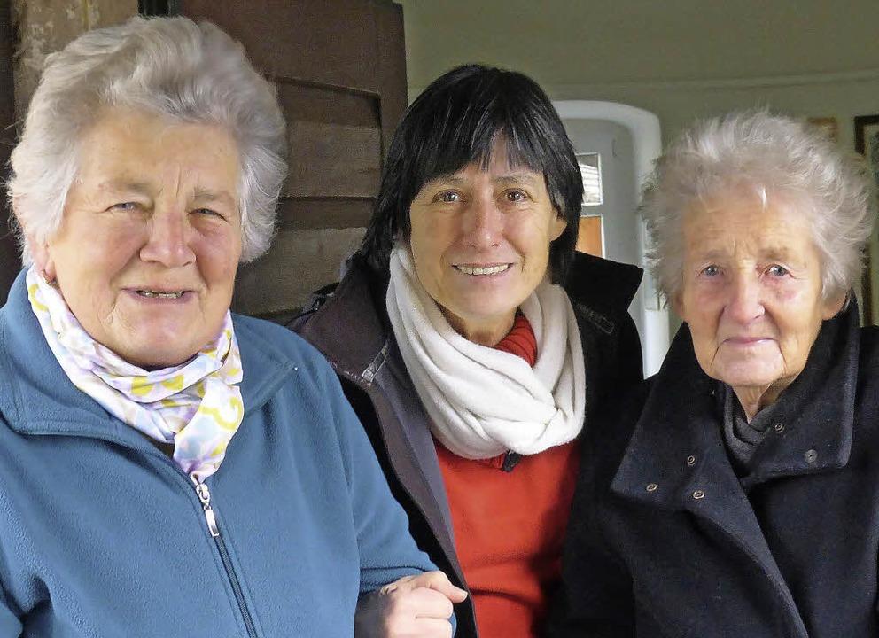 Engagieren sich für die Ortsgeschichte...nz, Charlotte Eckmann und  Inge Joos.   | Foto: Andrea gallien