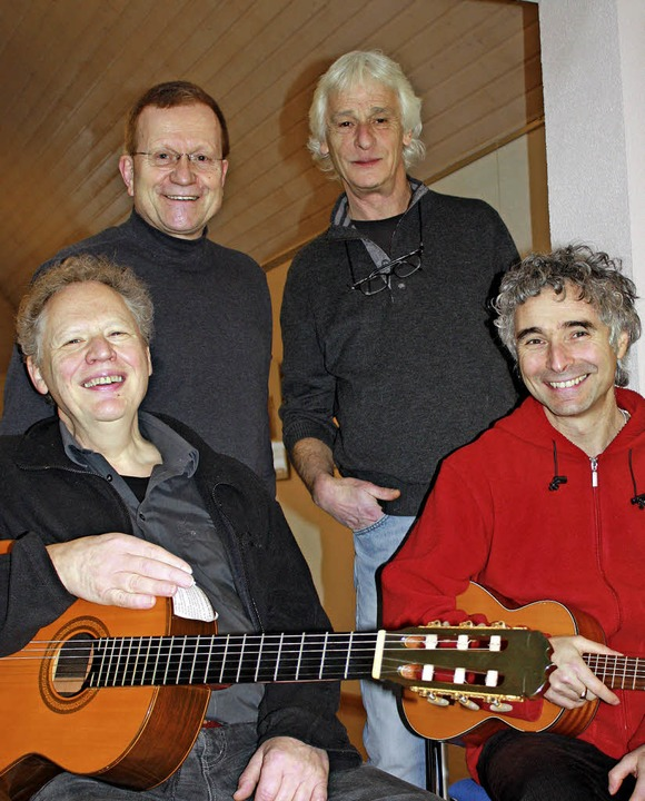 Das Workshop-Team (hinten von links): ...und Gaetano Siino (sitzend von links)     Foto: Gerd Leutenecker