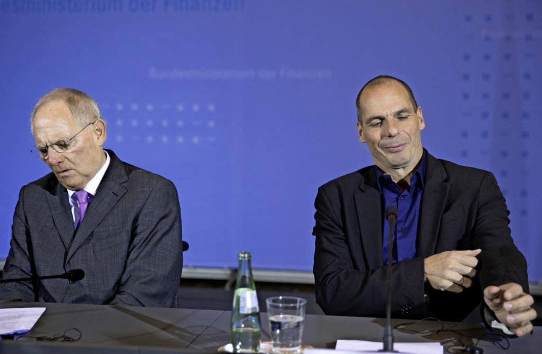 So verschieden – die Kassenwarte  Schäuble (l.) und  Varoufakis     Foto: dpa