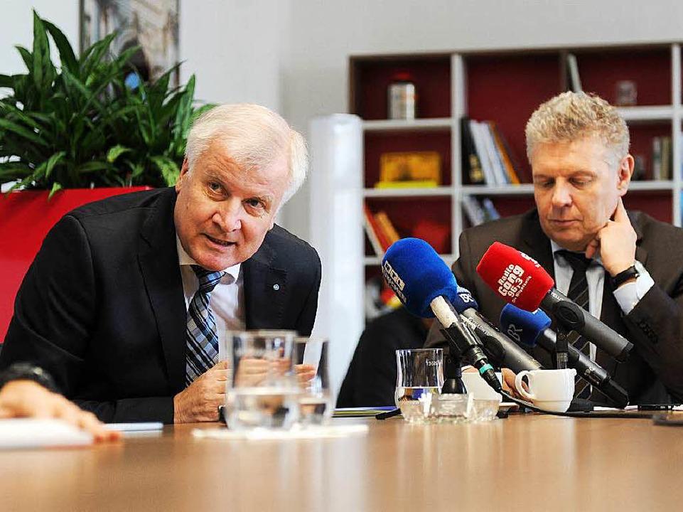 Geheimabsprachen? Ministerpräsident Seehofer (l.), OB Reiter    Foto: dpa