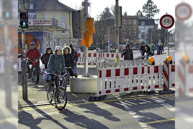 Jetzt ist wieder mehr Platz für Radler und Fußgänger