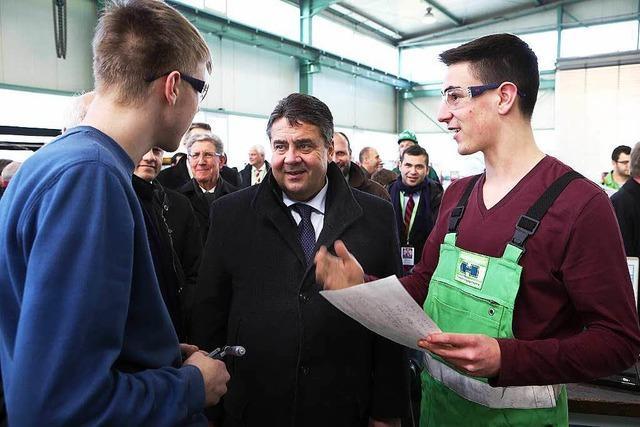 Sigmar Gabriel besucht die Firma Herrenknecht