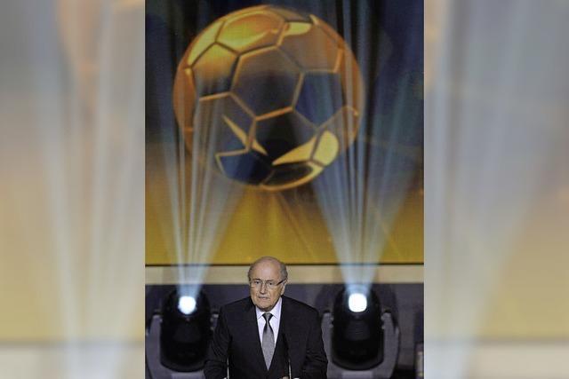 Drei gegen Sepp Blatter