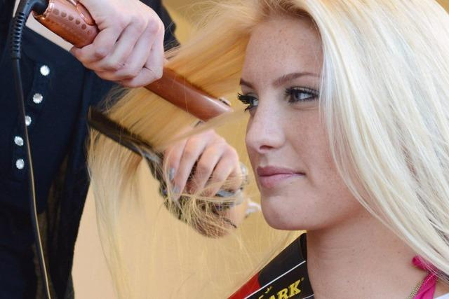 Kandidatinnen für Miss Germany werden in Freiburg gestylt