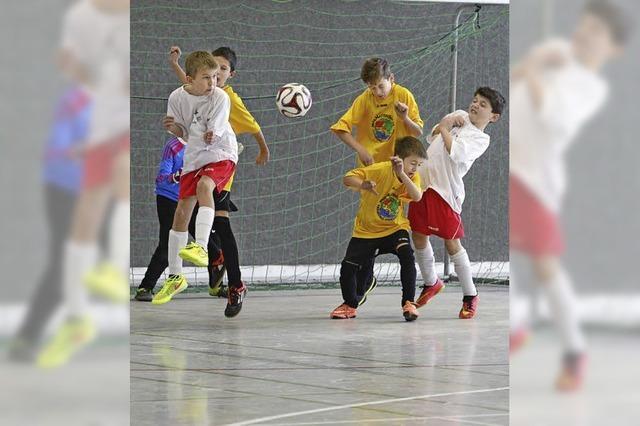Clara-Grundwald-Schule gewinnt Hallenfußballturnier