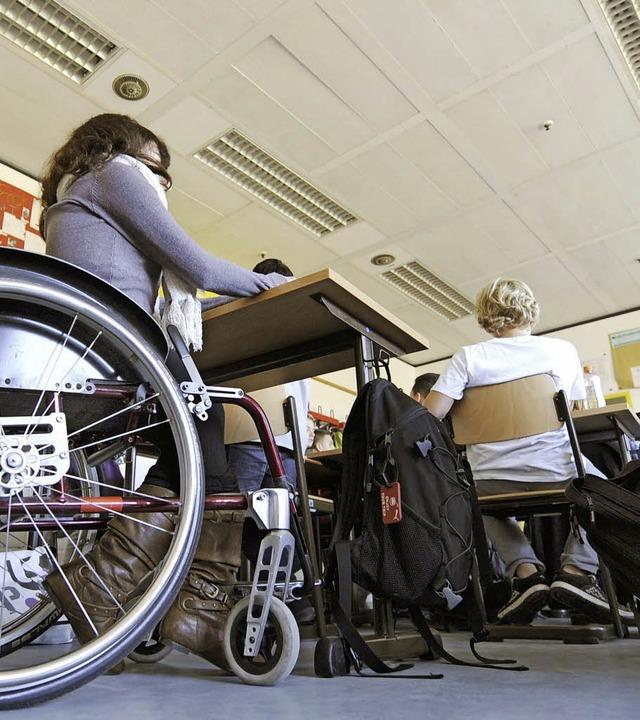 Der gemeinsame Unterricht von behinder...rten Schülern  soll die Regel werden.     Foto: DPA