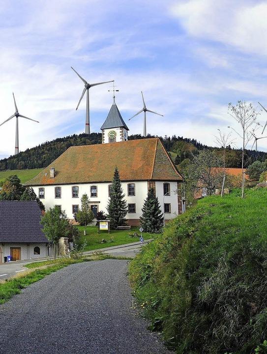 Das Rad der Windkraftplanung steht nic...ontagen der  Windkraft-Gegner (Foto).   | Foto: zvg