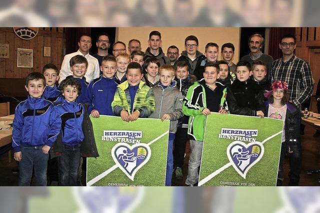 Fußballer freuen sich auf neuen Platz