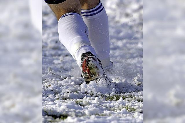 Der Ball ist aus Schnee