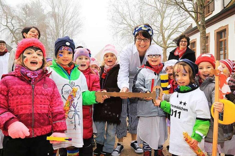 Schlüsselübergabe in Ettenheimmünster an die Kinder (Foto: Sandra Decoux-Kone)