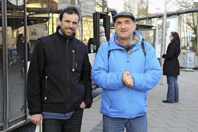 Die Grünen wollen den Bus durch mehr Stadtteile fahren lassen