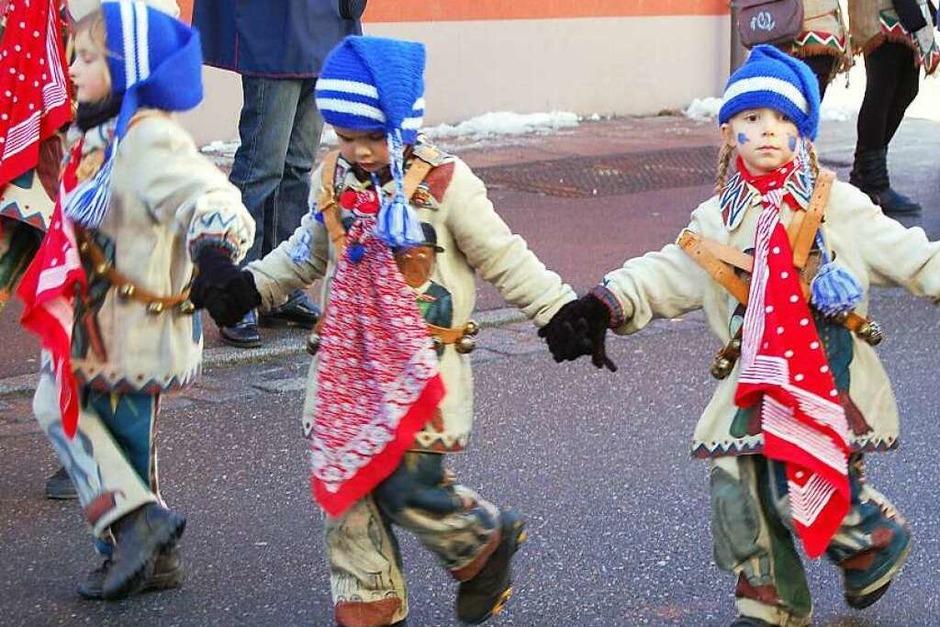 Auch der Narrensamen gumpte schon fleißig mit durch die Martinstraße. (Foto: Claudia Renk)