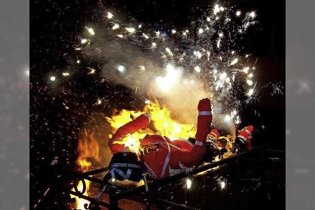 Am Dienstag steht bei der Fasnet die Verbrennung der Symbolfiguren und das Fällen der Narrenbäume auf dem Programm
