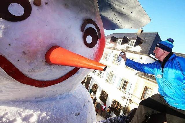Japanisches Dorf knackt Rekord im Schneemannbauen