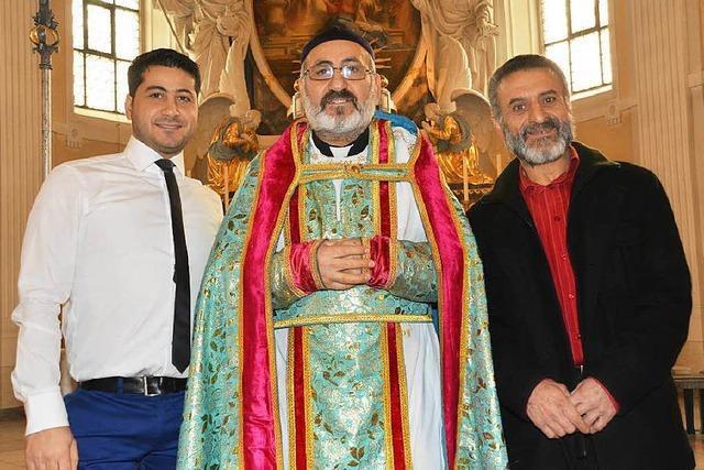Syrisch-orthodoxe Christen feiern Gottesdienst in arabischer Sprache