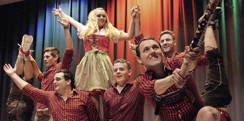Die Sieger: Die  Dancing Company Altdorf und Aktiven der SG Rheinhausen.  | Foto: Christiane Franz