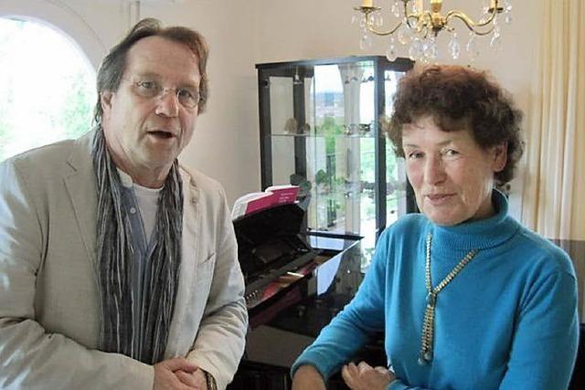 Eberhard Busch (Rezitation) und die Pianistin Annekatrin Klein im Stubenhaus Staufen