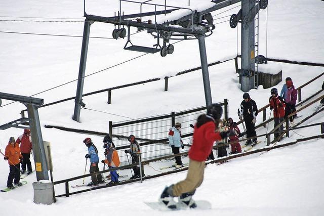 Ski- und Snowboardmeisterschaft am Skilift Rothaus in Grafenhausen