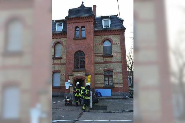 Angebranntes Essen löst Feuerwehreinsatz in der Wärmestube aus
