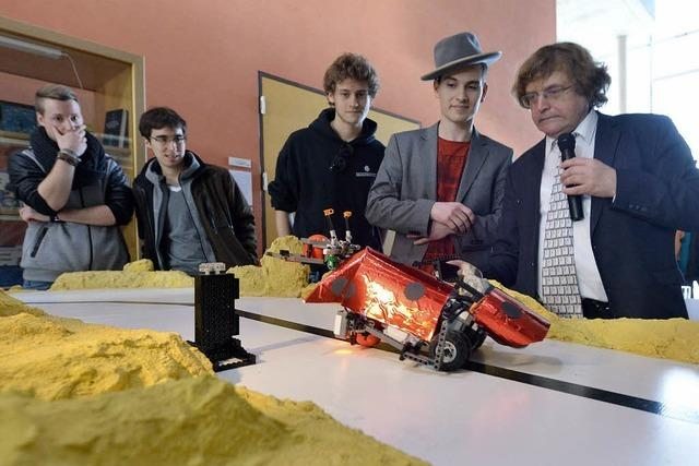 Wenn Lego-Roboter Ballspielen