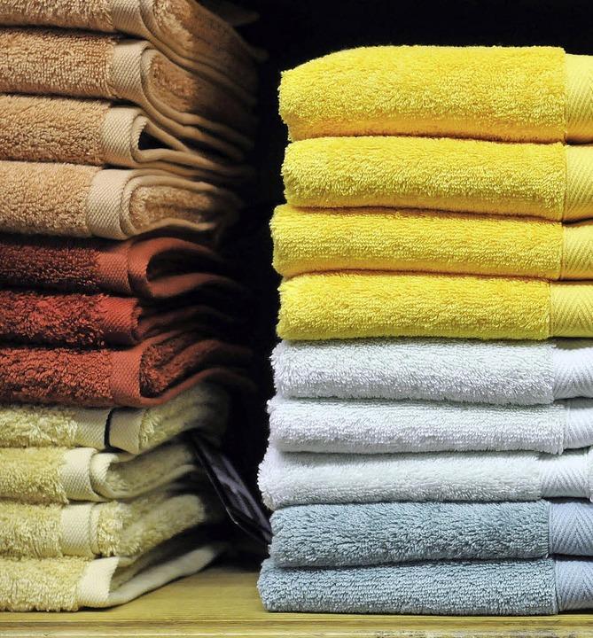 Wer Handtücher übrig hat, kann sie  spenden.   | Foto: schneider