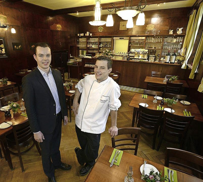 Christof Keller (links) und Ludwig Qua...ber der Gaststätte im Wiehrebahnhof.      Foto: INGO SCHNEIDER