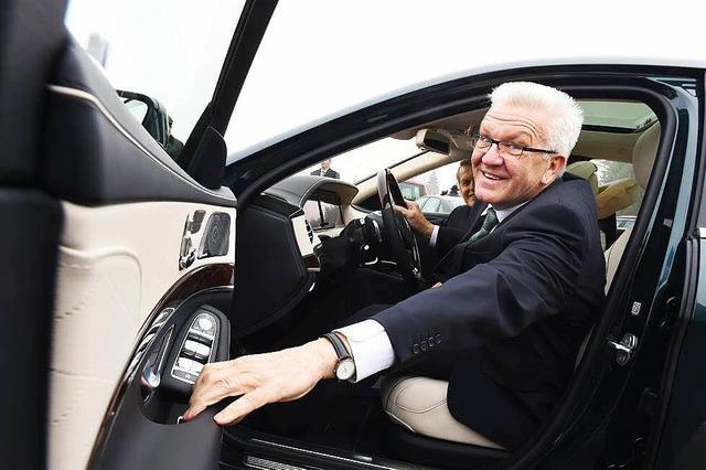 Neuer Wagen für Kretschmann - Umwelthilfe zweifelt CO2-Ausstoß an