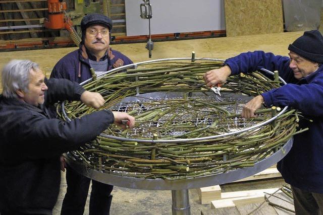 Ein neues Nest für die Bahlinger Störche