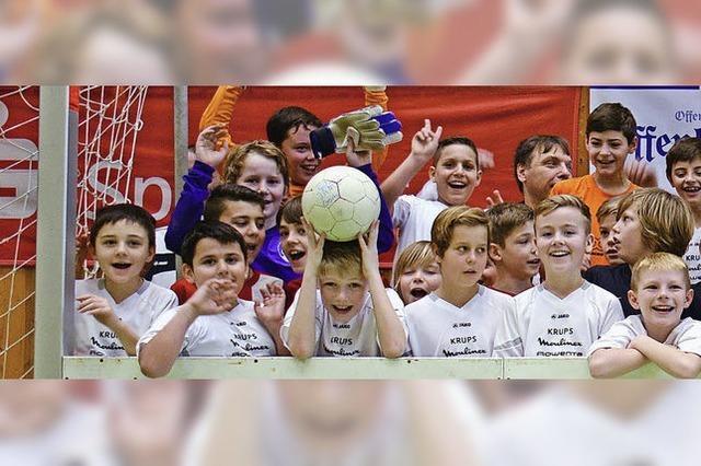 700 junge Kicker kämpfen um die Stadtmeistertitel