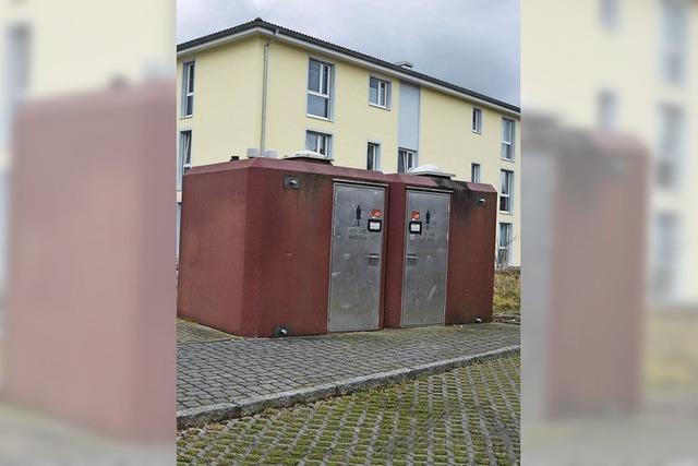 Kehrtwende im Gemeinderat: WC-Häuschen für rund 125 000 Euro