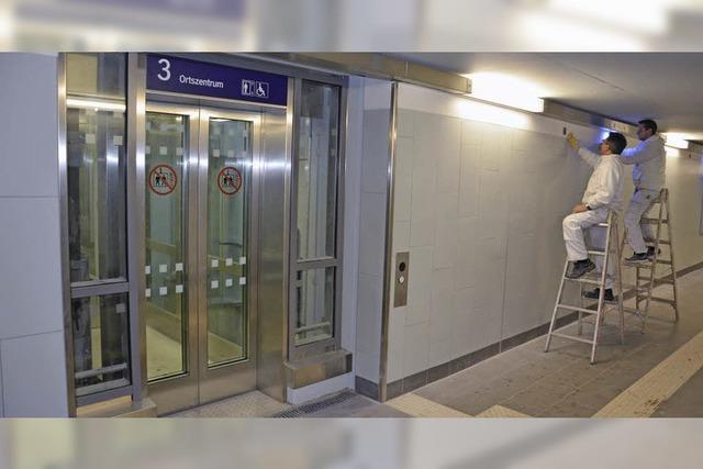 Sprechende Aufzüge am Bahnhof