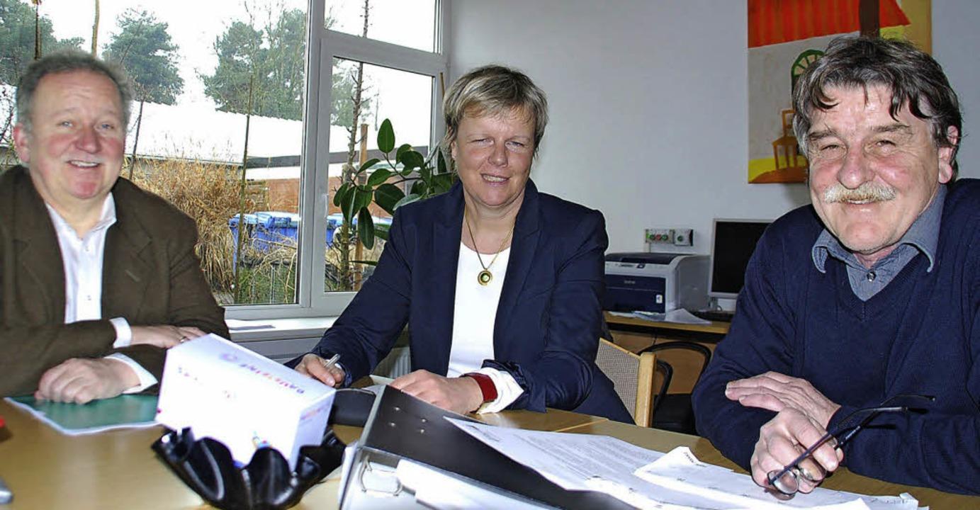Stellen das Konzept für die neue Inklu...l und Rektor Peter Grimm (von links).     Foto: Ralf Staub