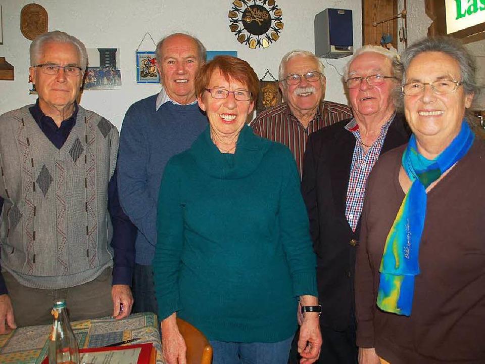 Das Vorstandsteam (von links): Winfrie...nder, Ewald Wehrle und Gertrud Mutter.  | Foto: Petra Wunderle