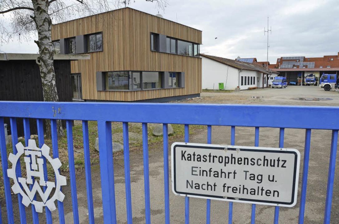 Zum  Blickfang aus Holz wurde das neue THW-Gebäude in Kenzingen.  | Foto: Martin Wendel