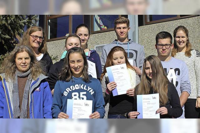 Englisch-Zertifikat für neun Schüler