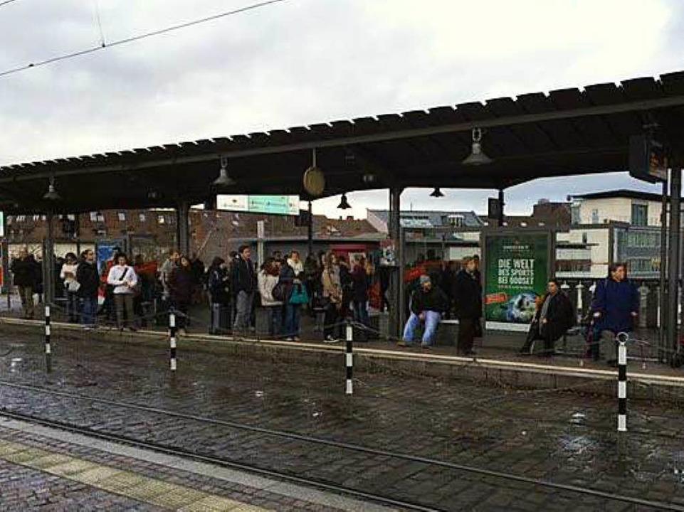 In freiburg fuhren keine stra enbahnen wieder panne beim for Depot kamen