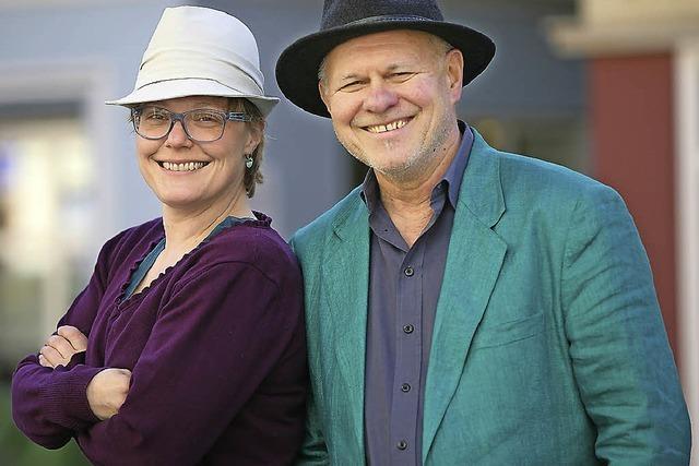 Ulrike Derndinger und Heinz Siebold singen alemannische Lieder in Altenheim