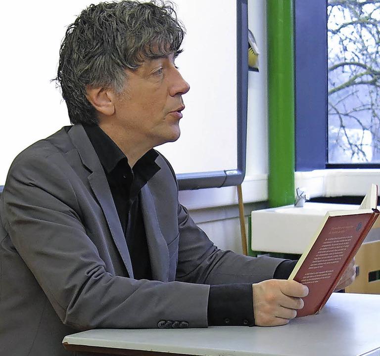 """Dirk Reinhardt liest aus seinem Roman """"Die Edelweißpiraten""""    Foto: Georg Voß"""