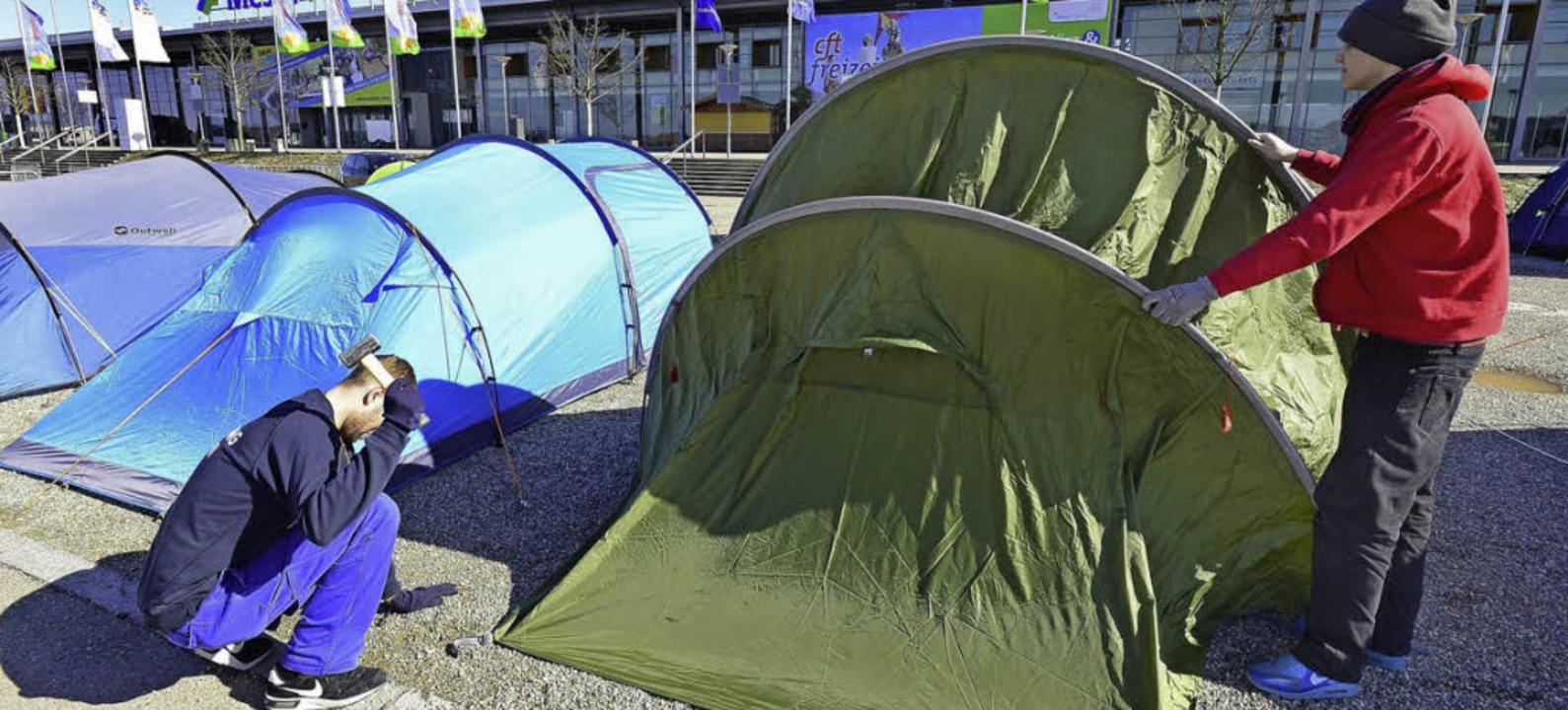 Aufbau für die Camping und Outdoor-Messe.  | Foto: Ingo Schneider