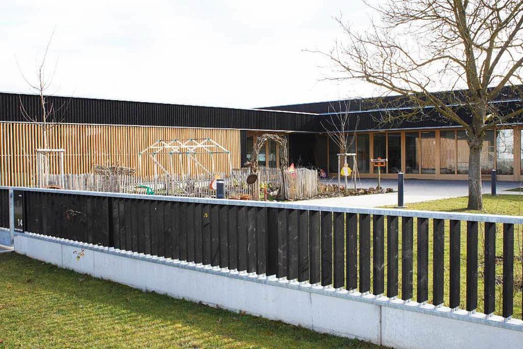 Zaun Am Pannen Kindergarten In Rust Ist Gefahr Fur Kinder Rust